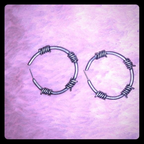 Hot Topic Jewelry Barb Wire Hoop Earrings Poshmark